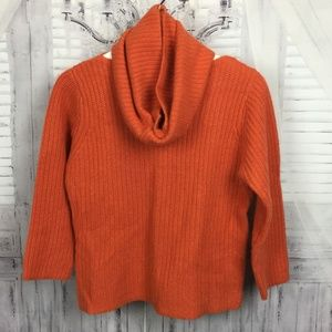White + Warren Cashmere Sweater + Matching Scarf M